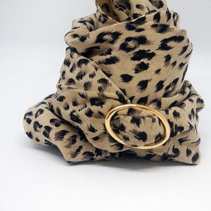 gold ring silk scarf _sara